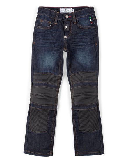 jeans regular on the road