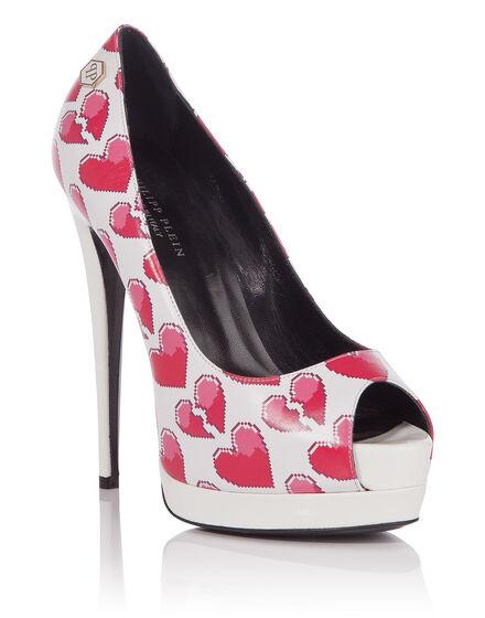 high heel in love