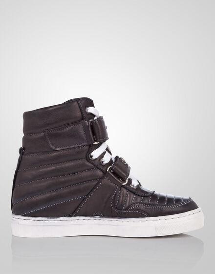 "high sneaker ""run run"""