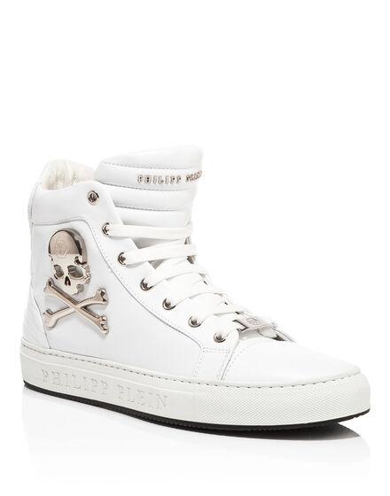 high sneaker skull