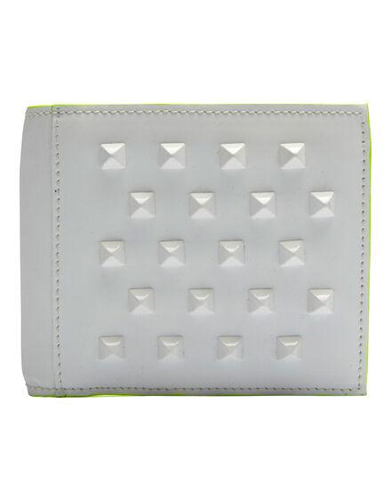 wallet studdy