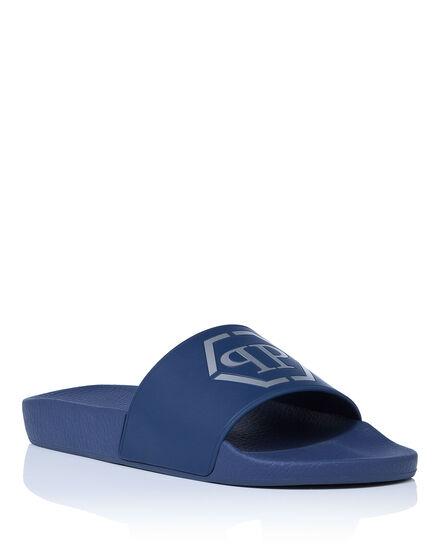 Sandals Flat beach