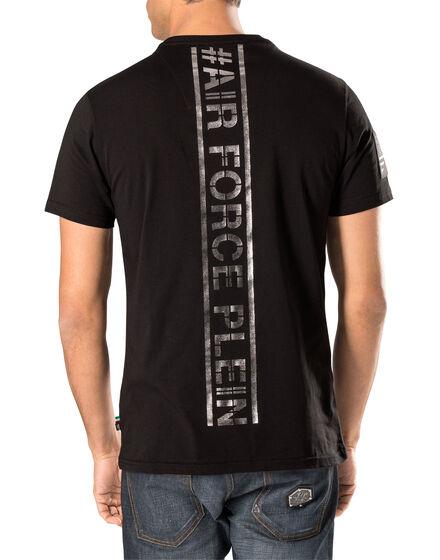 "t-shirt ""crooked"""