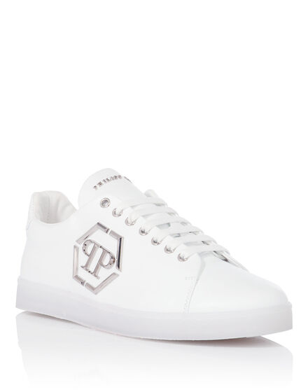 Lo-Top Sneakers End