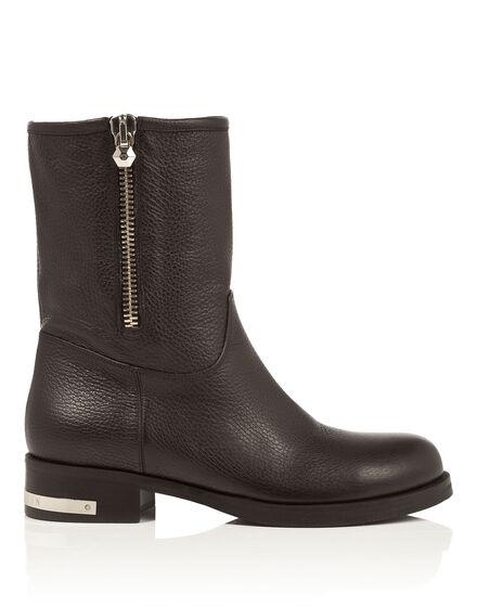 """boots """"round round"""""""