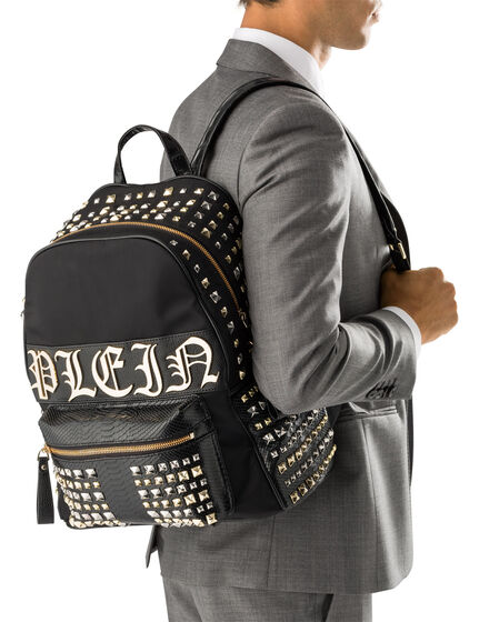 "back pack ""concious"""