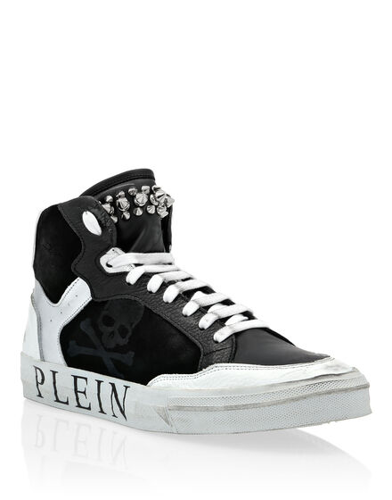 Hi-Top Sneakers Retrokickz TM