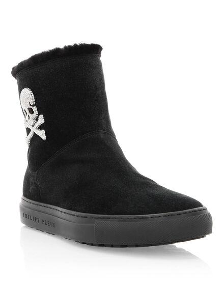 Boots Mid Flat Skull