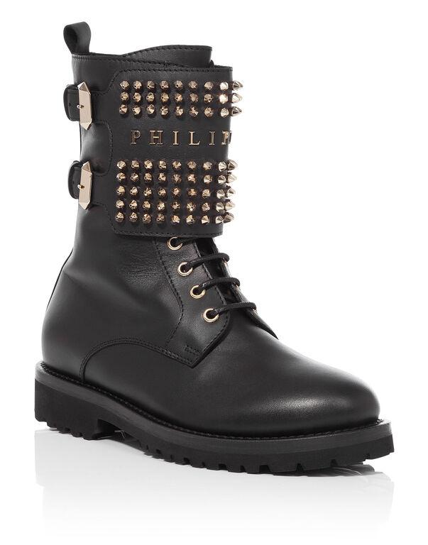 """boots """"fall asleep"""""""