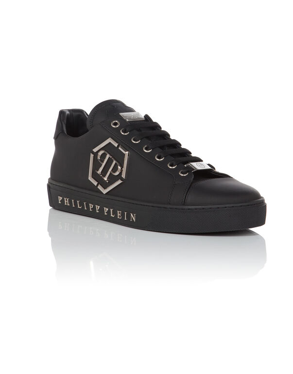 5842e8ced48 PHILIPP PLEIN. Lo-Top Sneakers
