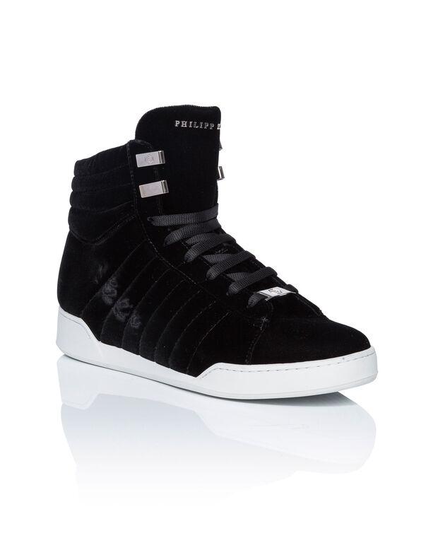"""Hi-Top Sneakers """"me by me"""""""