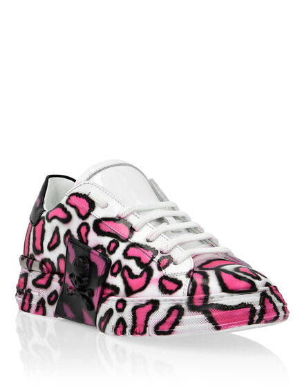 PHANTOM KICK$ Lo-Top Pink paradise Skull