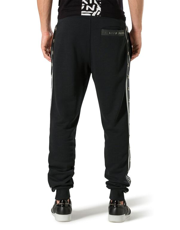 "Jogging Trousers ""Fake love"""