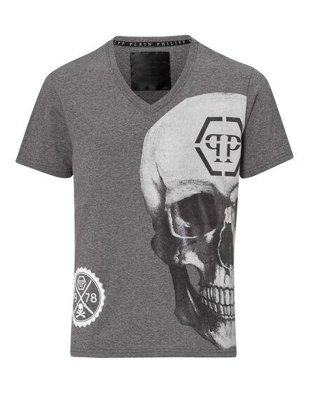 T-shirt V-Neck SS Akuro