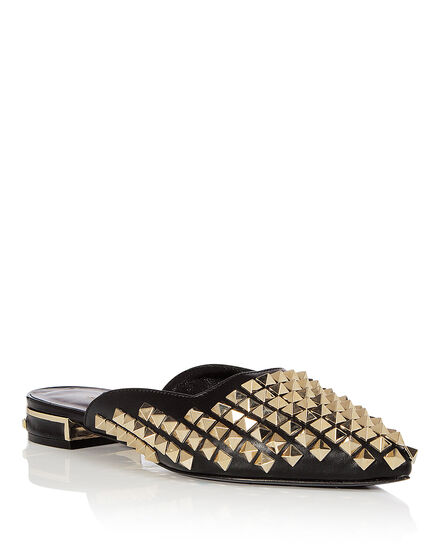 Sandals Flat Dubai