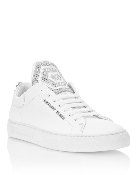 Lo-Top Sneakers crystal and Studs