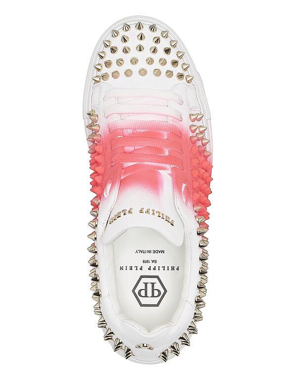 "Lo-Top Sneakers ""Pink me"""