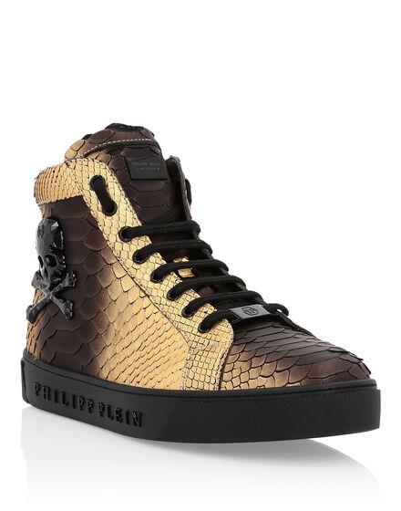 Hi-Top Sneakers Its a love
