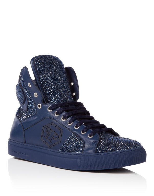 "high sneakers ""virginia beach"""