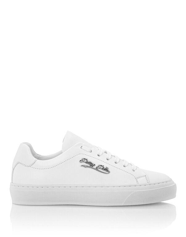 Lo-Top Sneakers Signature