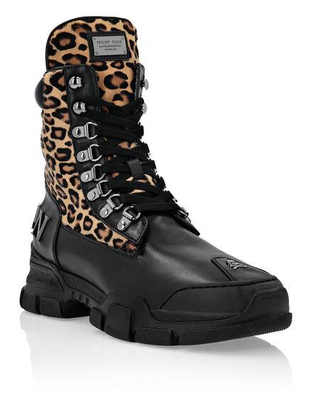 Boots Low Flat Leopard