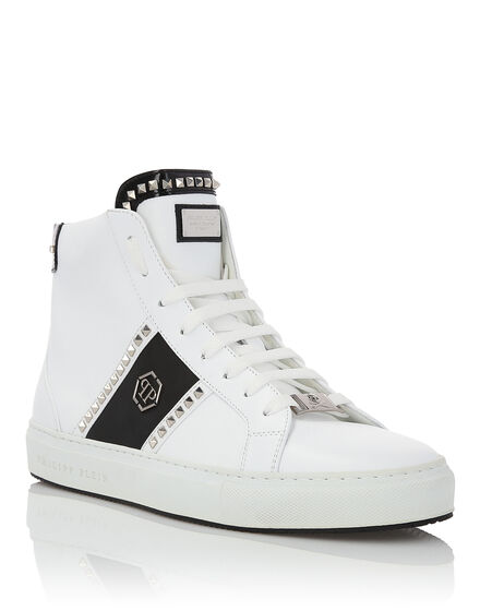 Hi-Top Sneakers Studs and logo