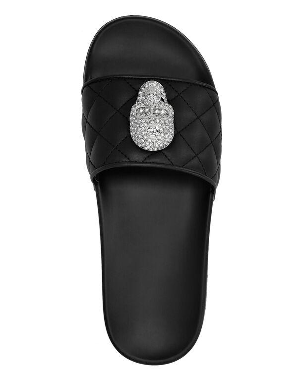 Flat gummy sandals Skull crystal