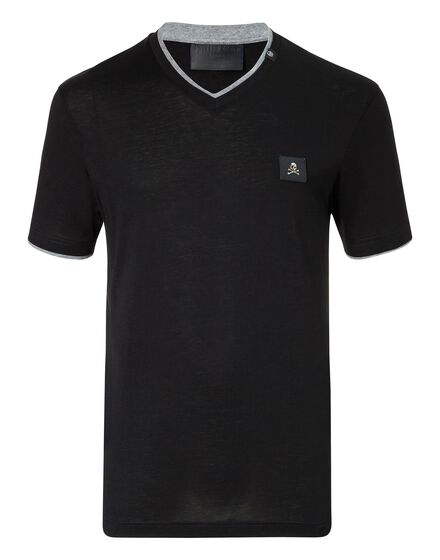 T-shirt V-Neck SS Make me cry