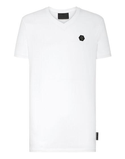 T-shirt V-Neck SS Allover skull