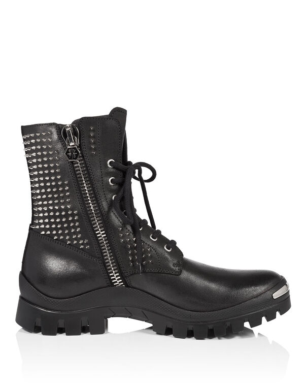 "boots ""warriors"""