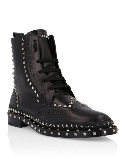Boots Low Flat