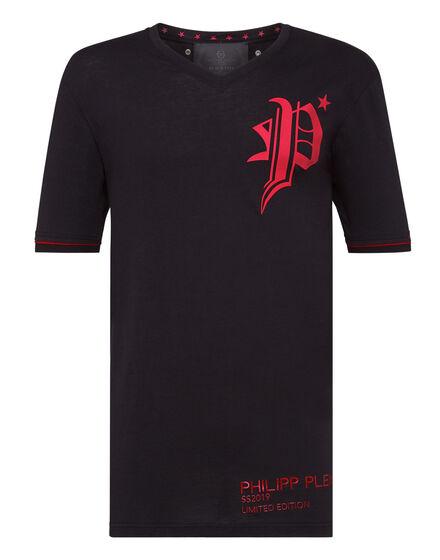 T-shirt V-Neck SS Gothic Plein