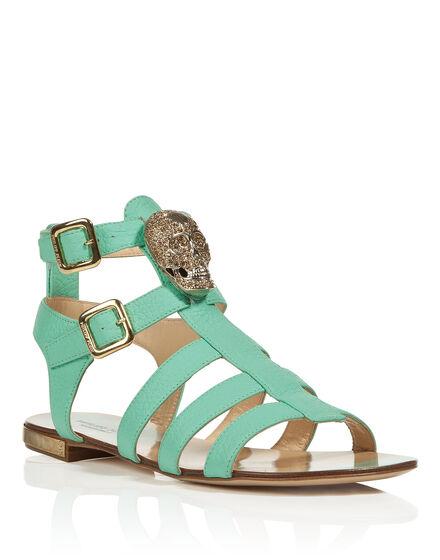 sandals skully