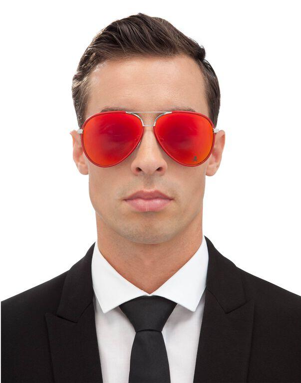 "Sunglasses ""become"""