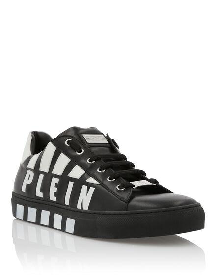 Lo-Top Sneakers Striped Plein