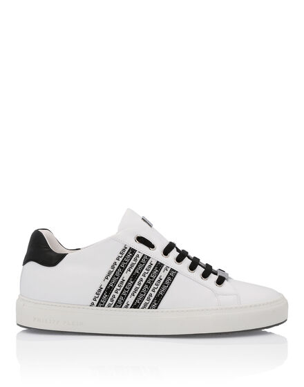 sports shoes 63a5c 42b38 Philipp Plein Outlet | Fashion Outlet Ufficiale di Philipp ...