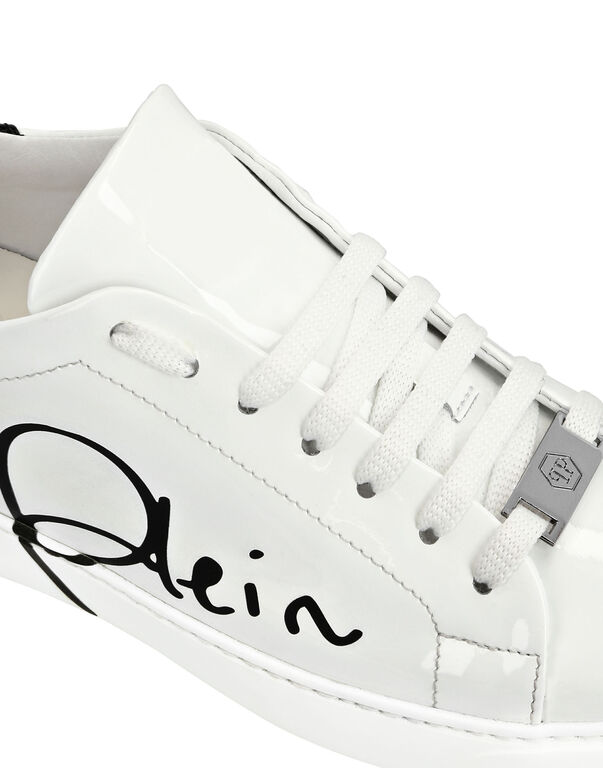 Lo-Top Sneakers Signature