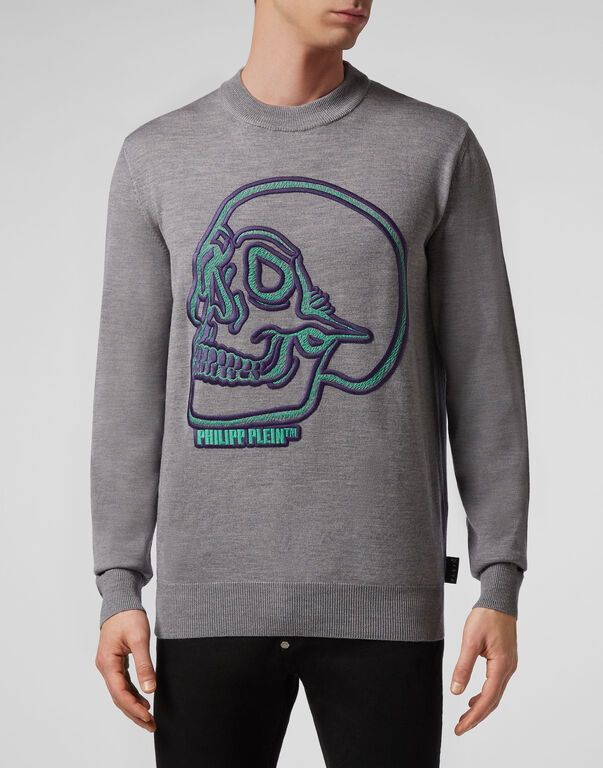 Pullover Round Neck LS  Outline Skull