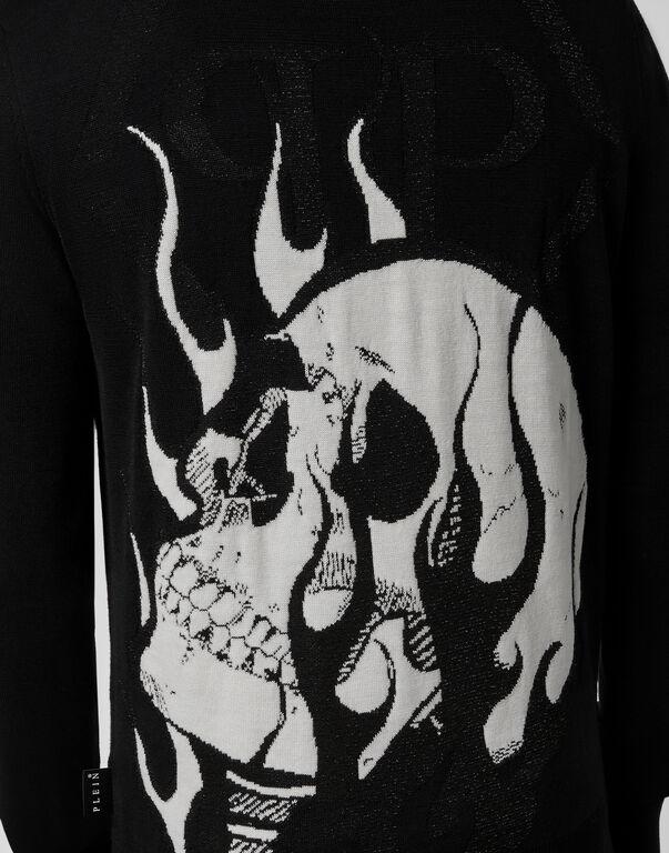 Pullover Round Neck LS Skull on fire
