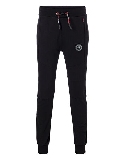 Jogging Trousers Over attack