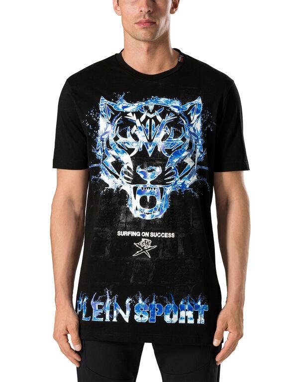 "T-shirt Round Neck SS ""Powerful"""