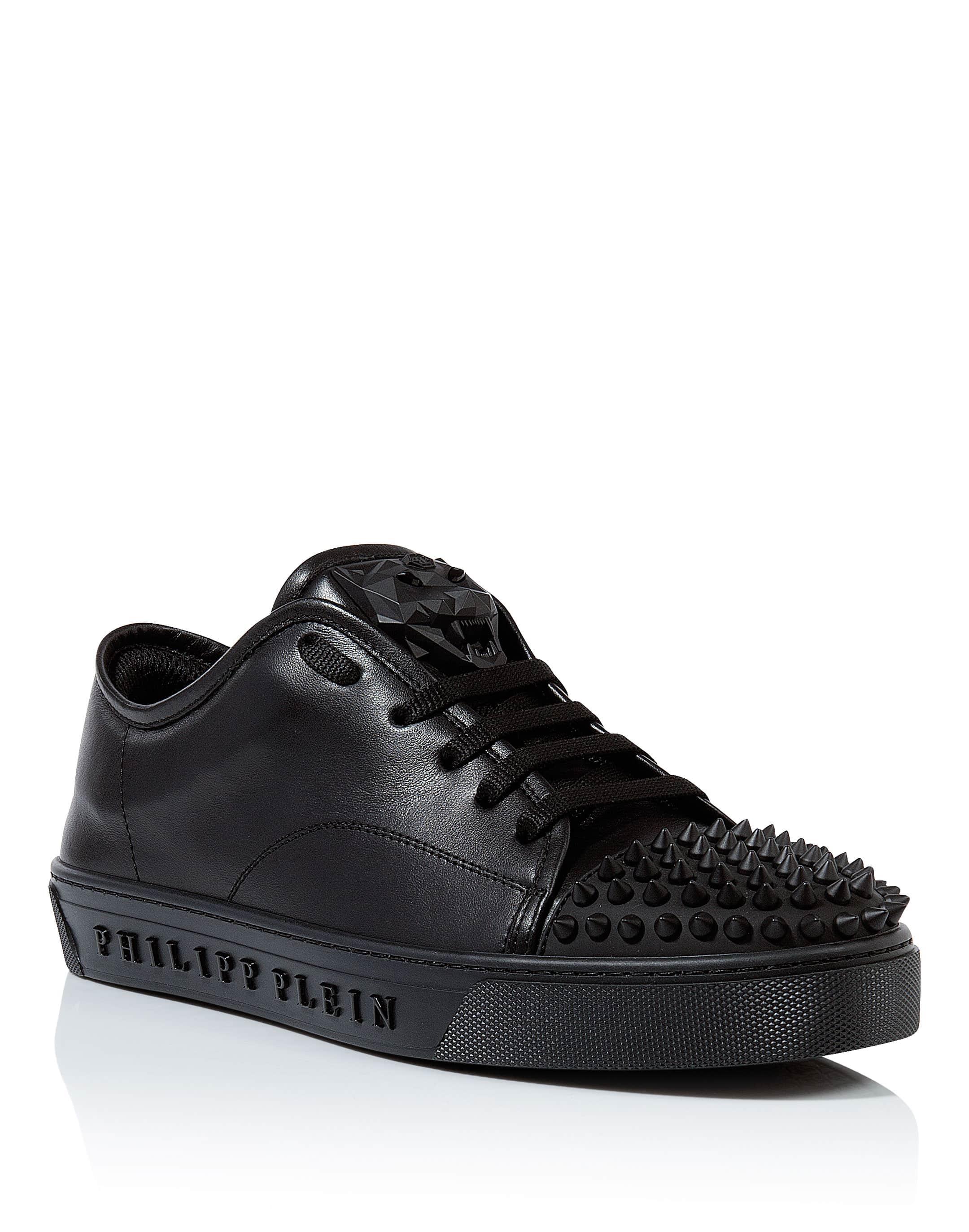 562cae4e1d3 Lo-Top Sneakers